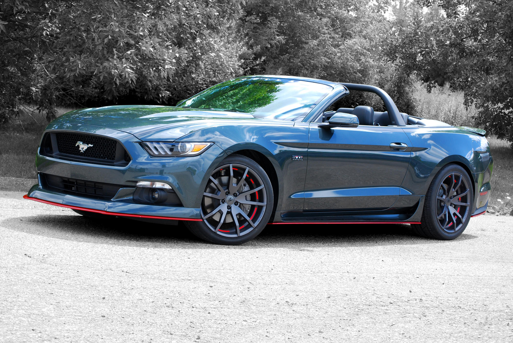 Outlaw lightbar autoware the cdc classic lightbar fits the 2015 17 mustang convertibles aloadofball Images
